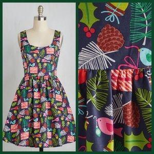 Modcloth Gee Jolly Christmas dress, M